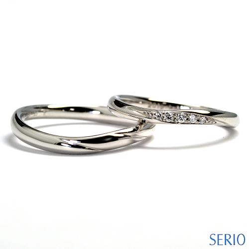 上品なプラチナ・マリッジリング(結婚指輪)女性用には天然石ダイヤ付
